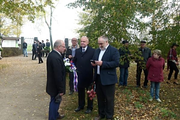 2018-10-20-setkani-na-ruzovem-paloucku-0113041A1C6-DA83-41B3-601D-FC5757A042FF.jpg
